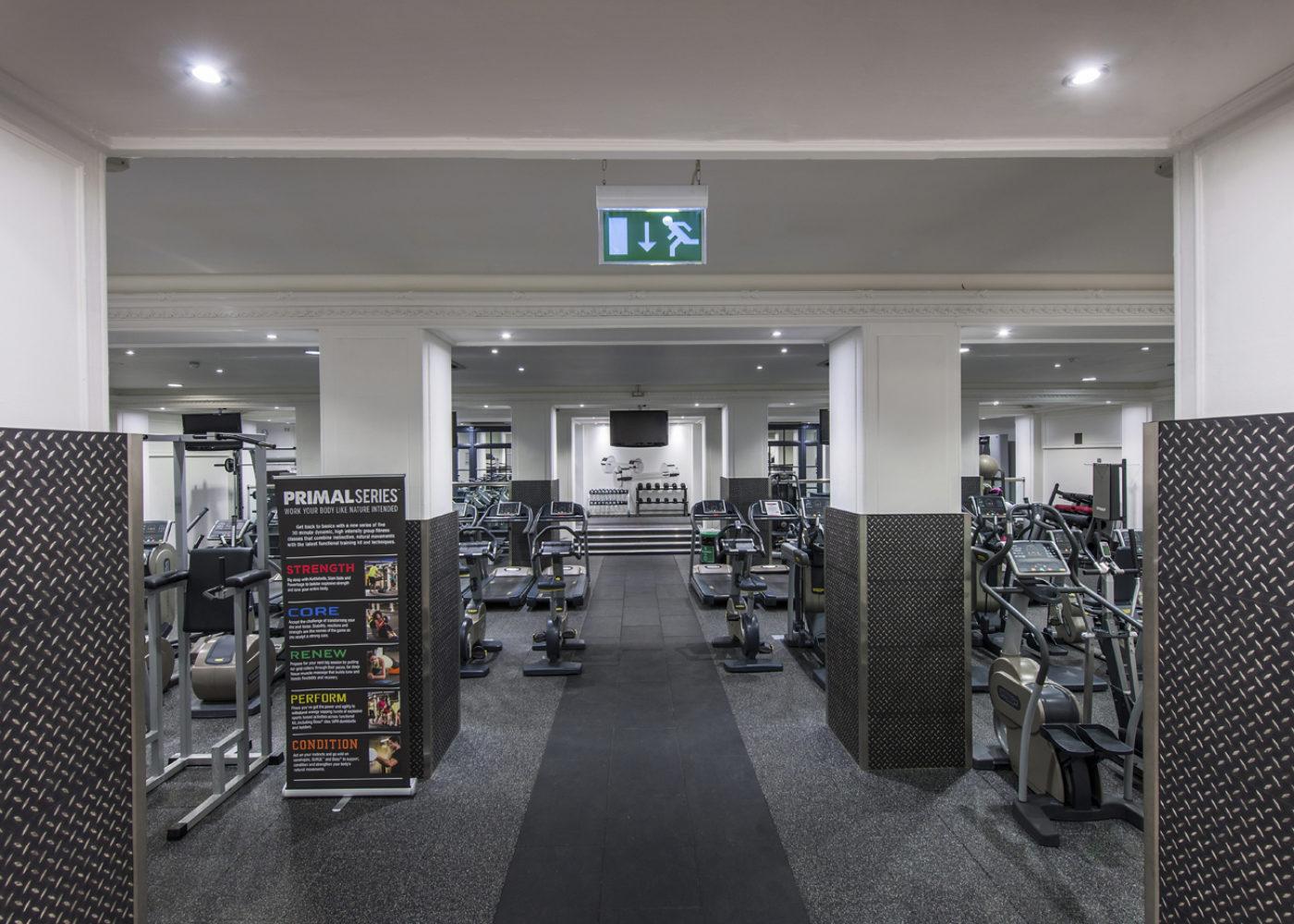 La Fitness - Hilton Waldorf, London